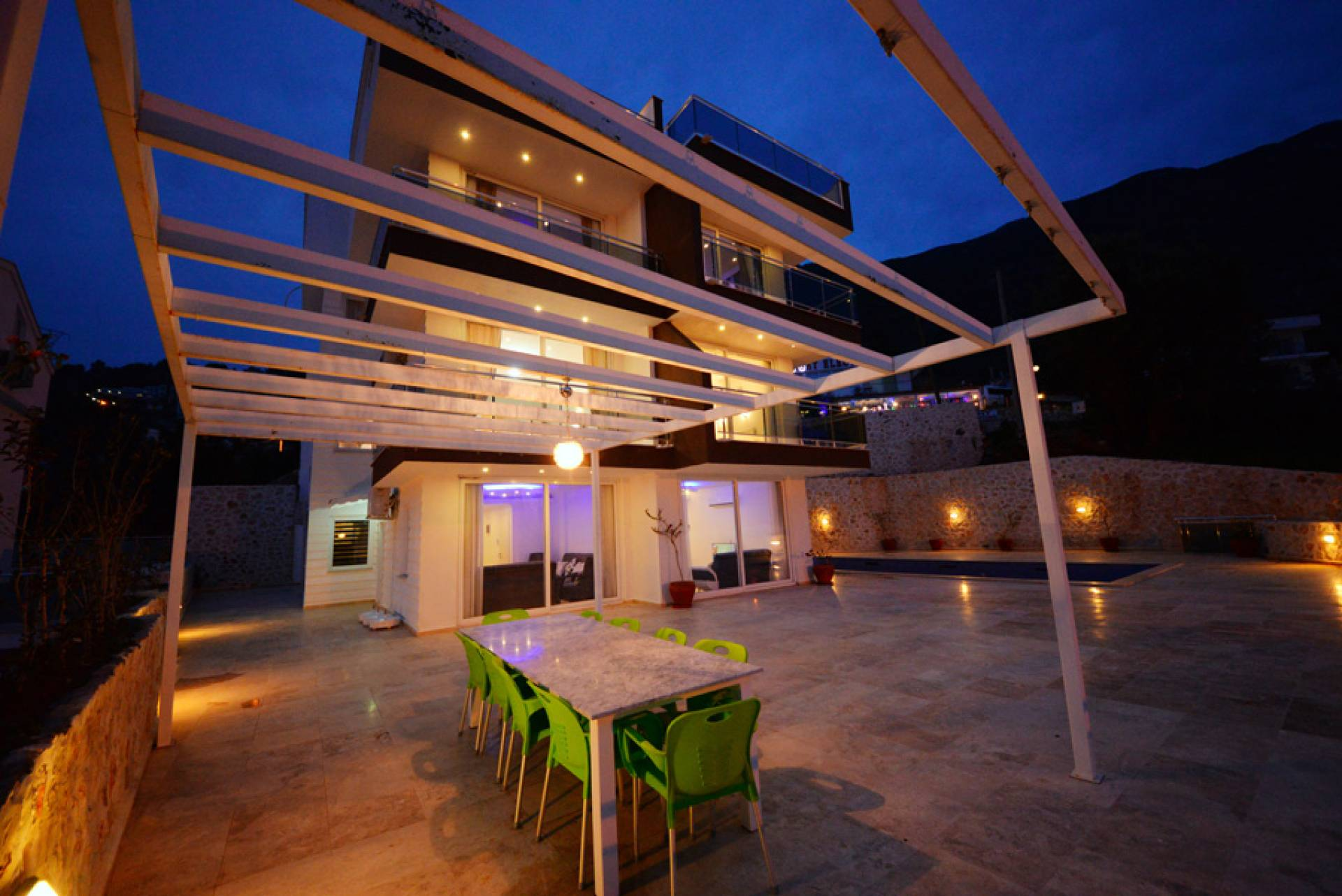 LUXURY APRTMENT WITH THE SEA VIEW IN KALKAN