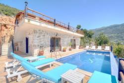 Rental Villa Ashk